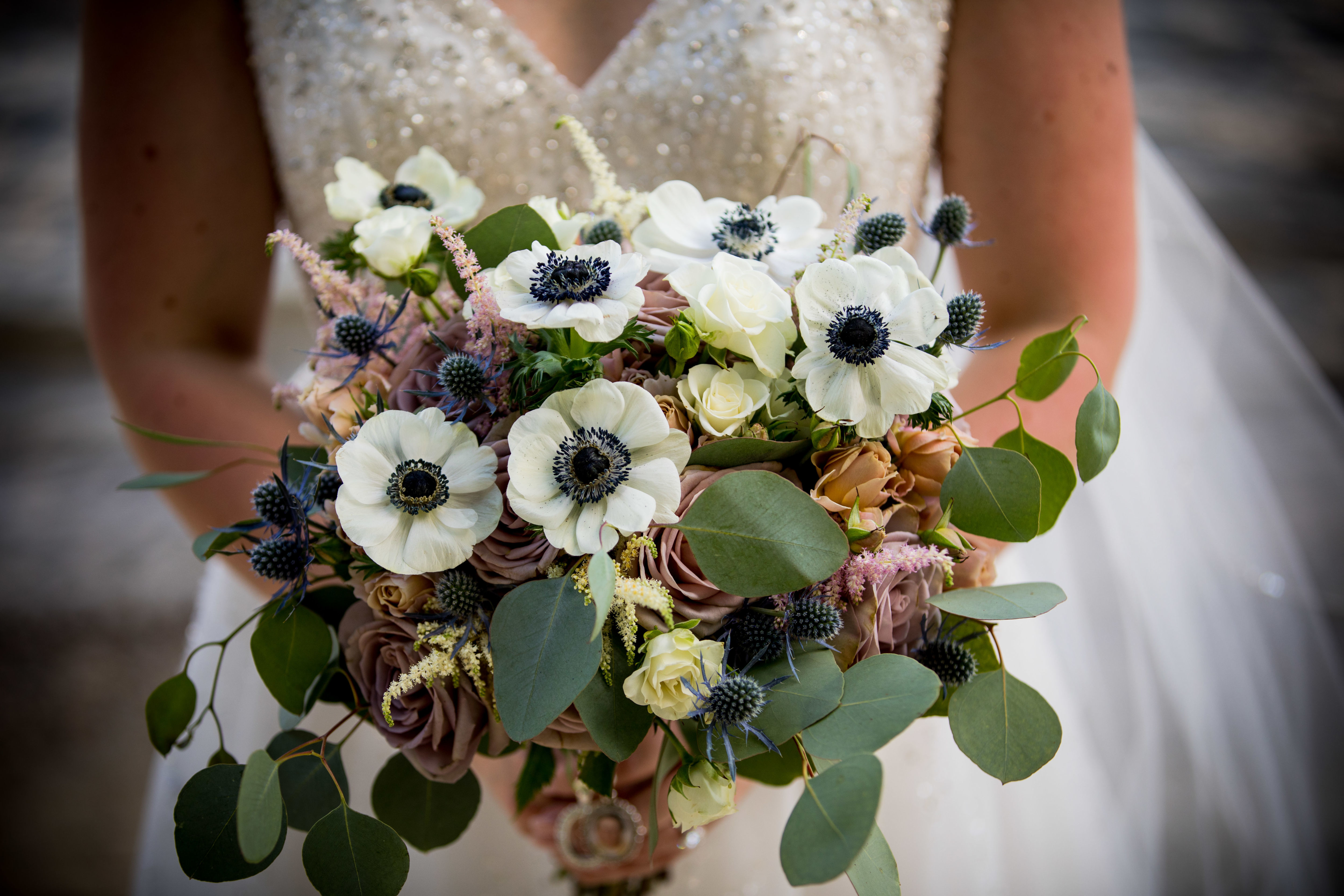 Preserve your wedding bouquet as a watercolor or acrylic painting.