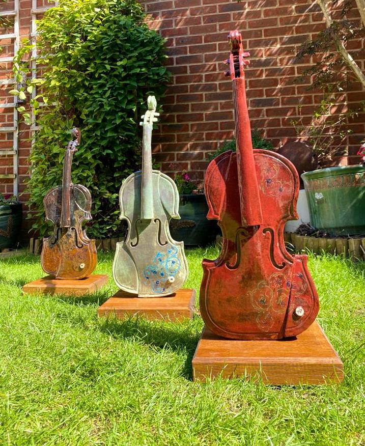Peter White Violins Woburn Sands Clay The Great Pottery Throw Down