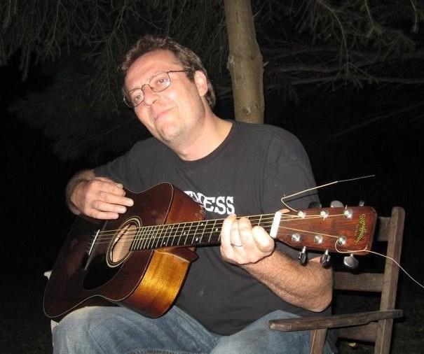 Kenny guitar