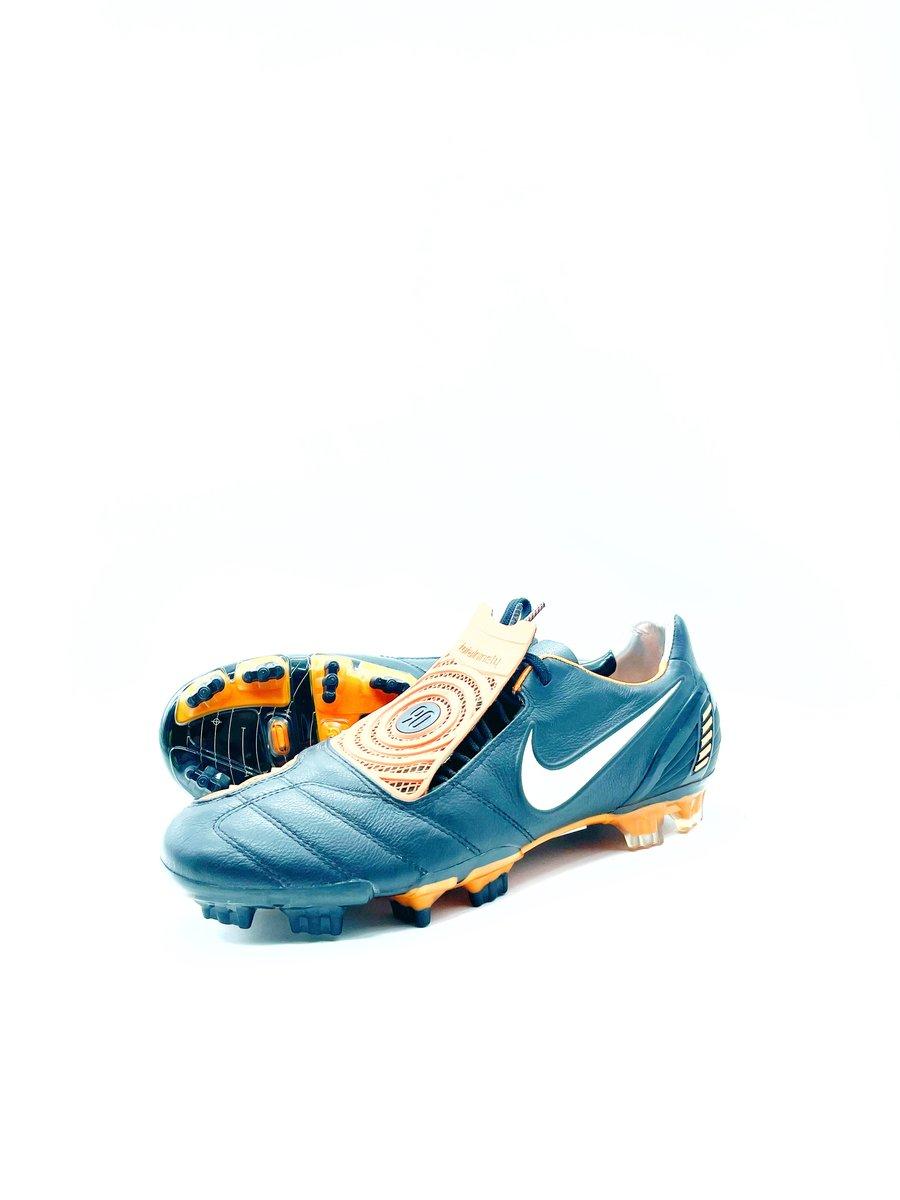 Image of Nike total 90 Laser II BLACK
