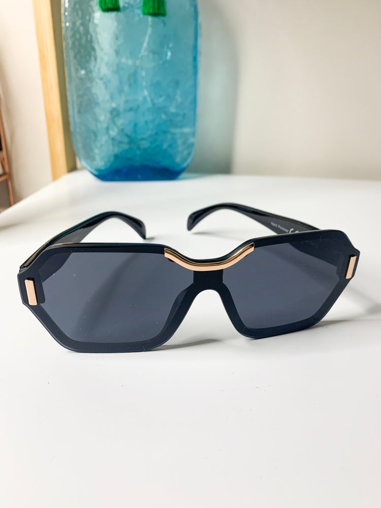 Image of Gold Detail Sunglasses