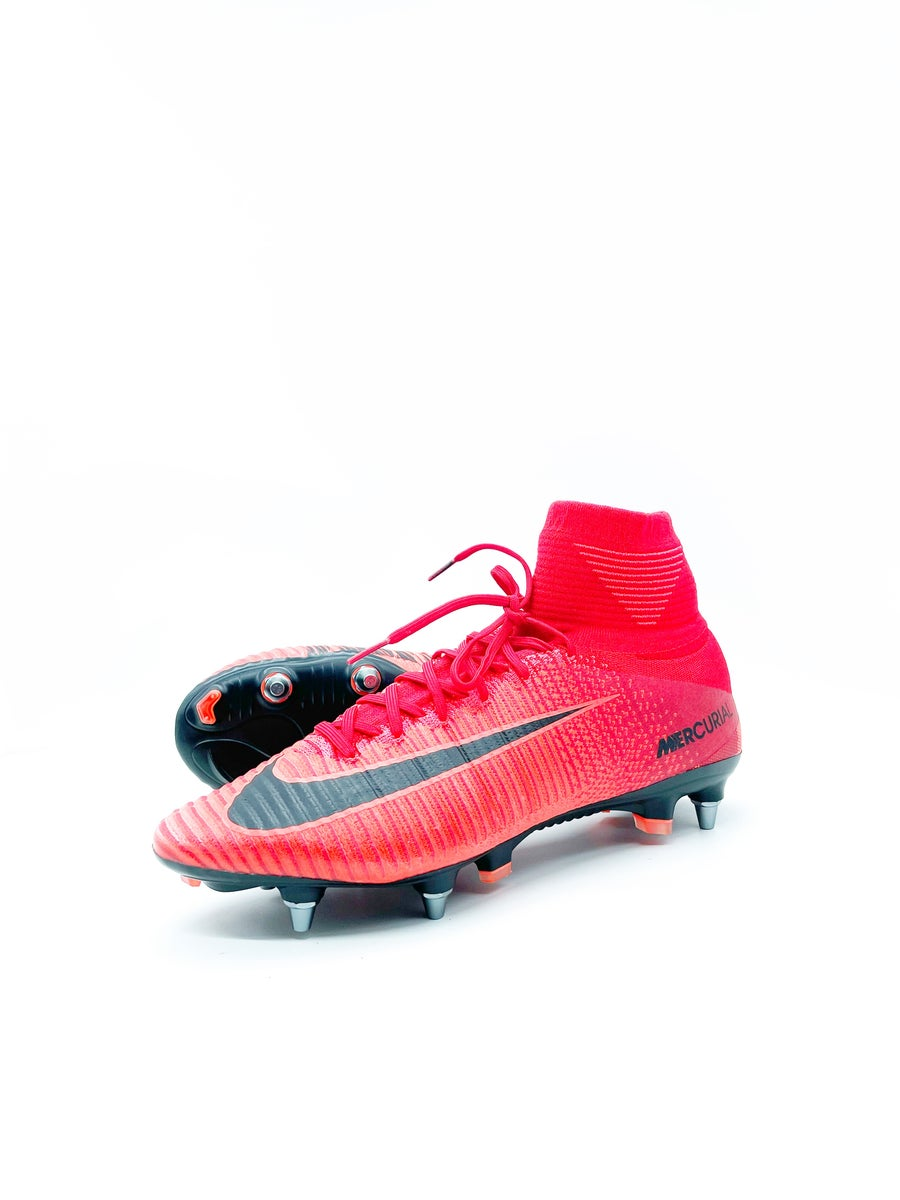 Image of Nike Superfly V SG-pro red