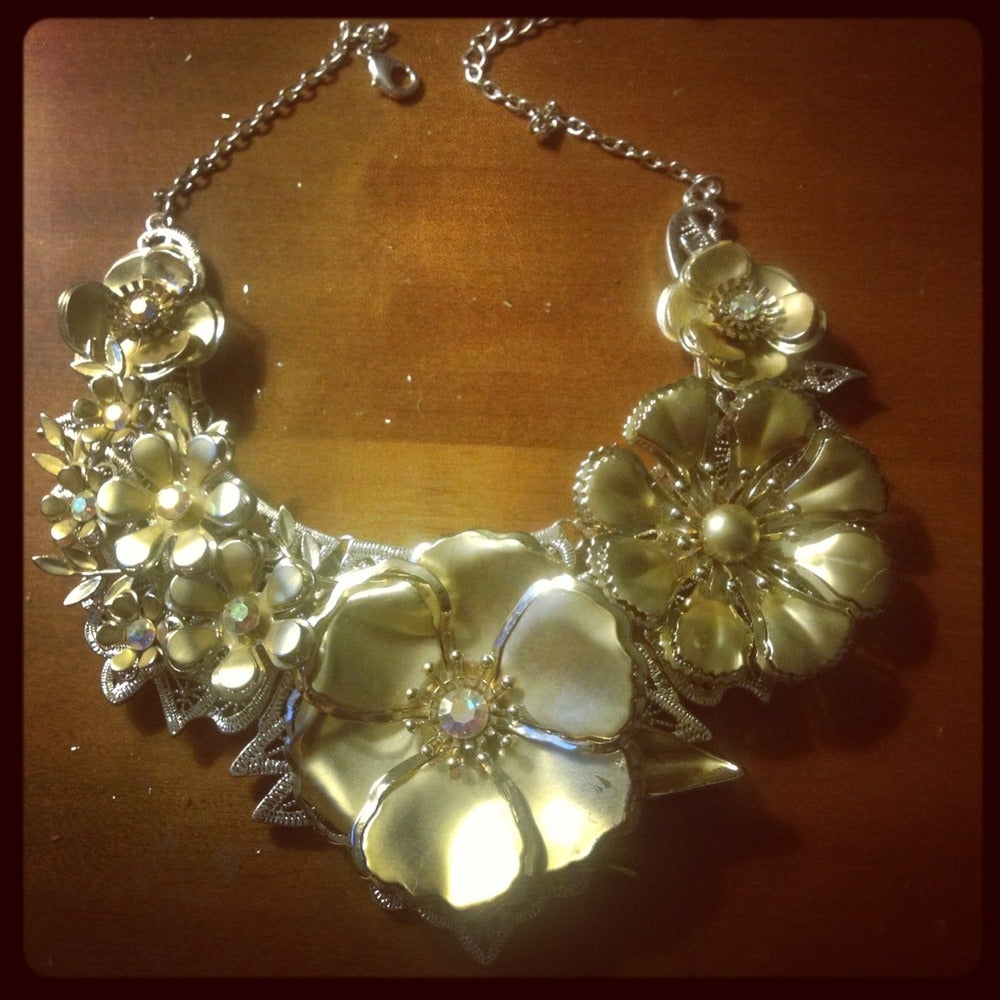 Image of A Floral Affair Necklace