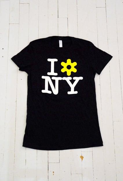 Image of WOMEN'S I LOVE NY T-SHIRT IN BLACK