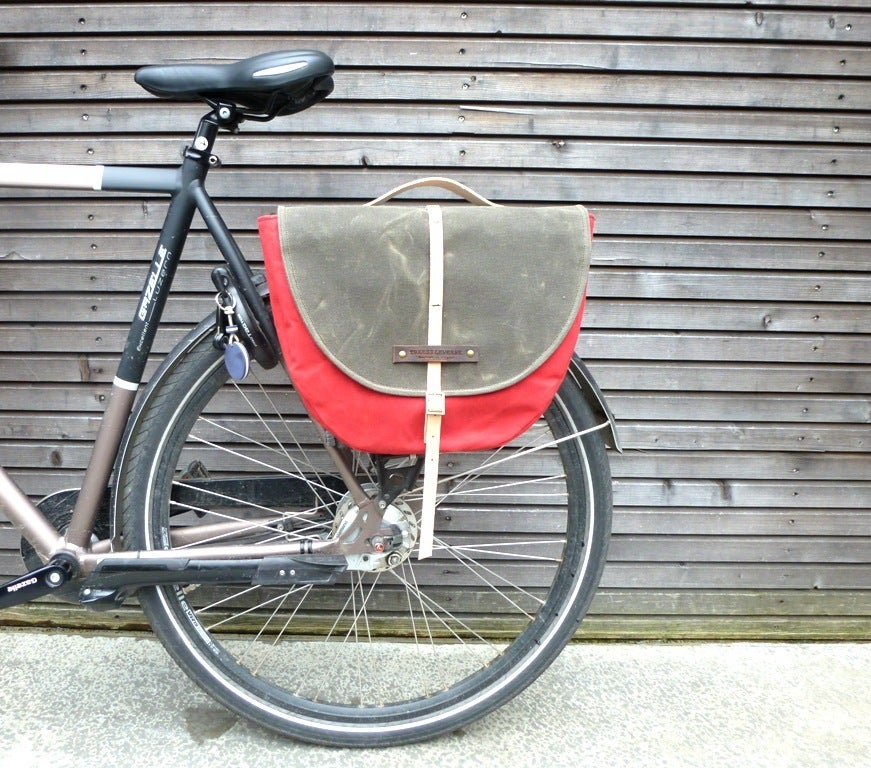 Image of Waxed canvas pannier / bicycle bag with flap,COLLECTION UNISEX
