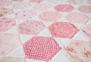 Image of PAPER VERSION - Honey Bee Quilt Pattern