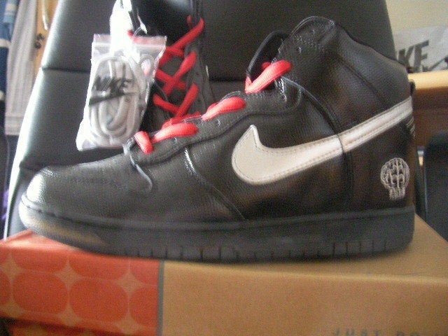 2f9e6830c3d48 ... netherlands image of new nike sb dunk high premium pharrell williams  limited edition d3986 0be0d