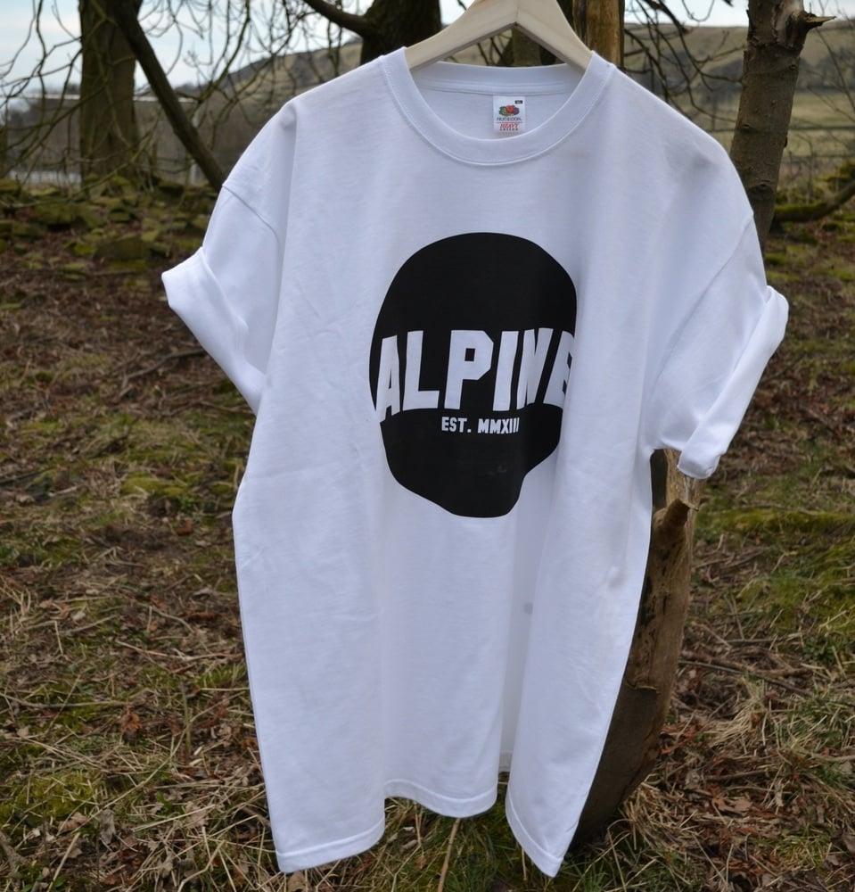 Image of ALPINE ROUND LOGO TSHIRT - WHITE
