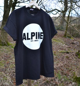 Image of ALPINE ROUND LOGO TSHIRT - BLACK