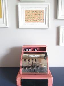 image de Caisse enregistreuse vintage années 50 rose