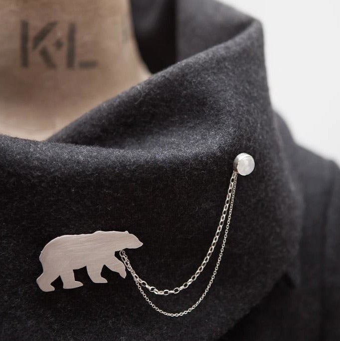 Image of polar bear brooch