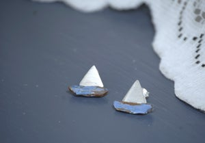 Image of 'Baby Boat' Earrings