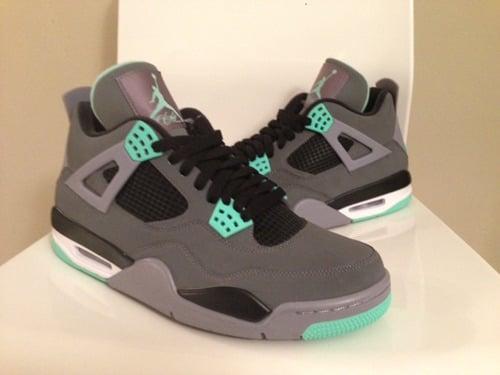 sports shoes 67927 c2bc9 Image of Air Jordan Retro 4