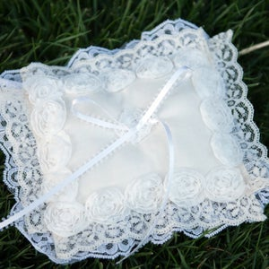 Image of Angelina Ring Bearer Pillow