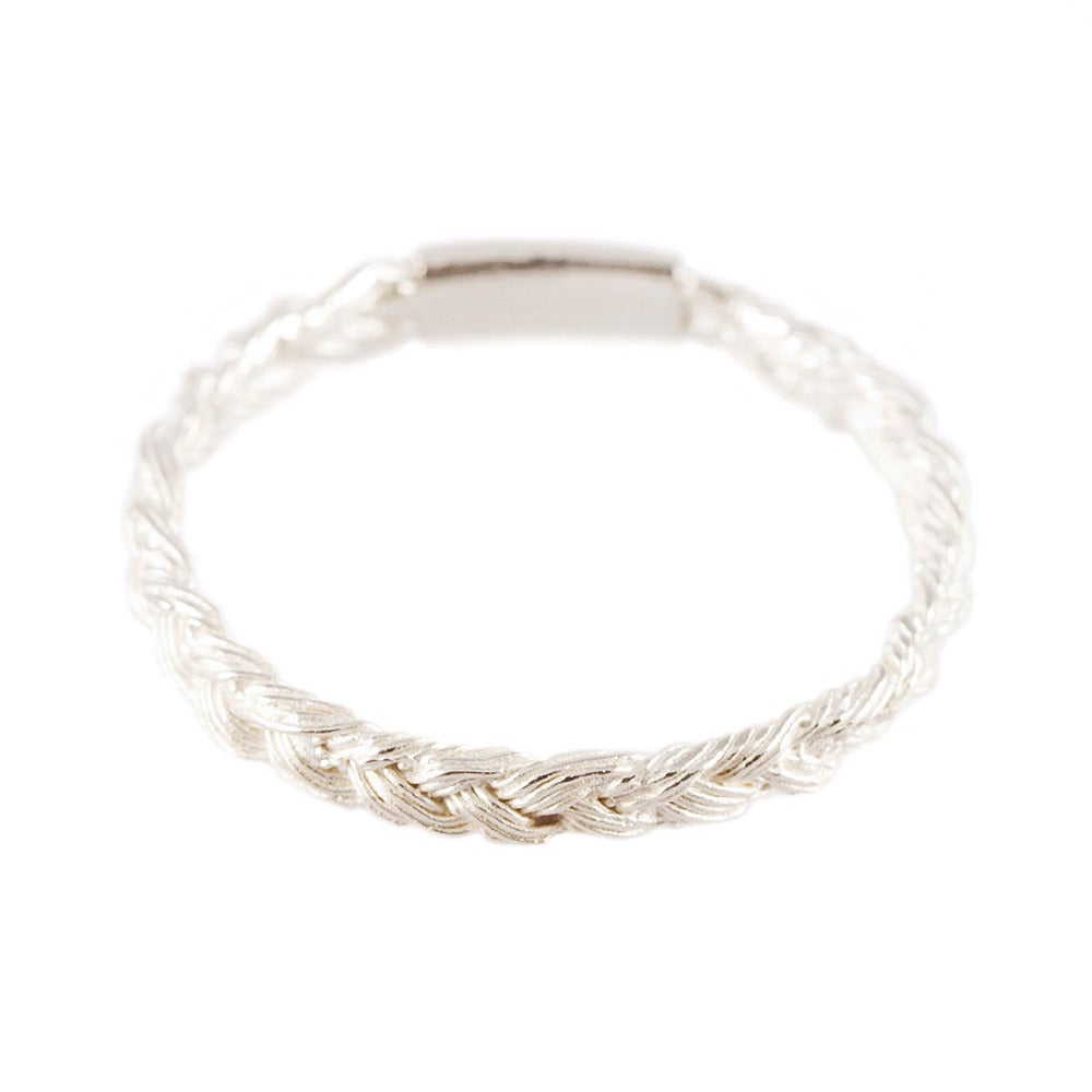 Image of MAGNITUDE PLAIT SKINNY RING [SILVER/WHITE]