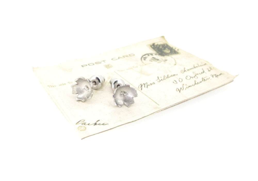 Image of Springtime Wildflower Primrose earrings
