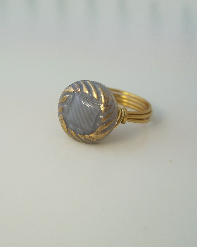 "Image of ""METEOR"" VINTAGE BUTTON RING"