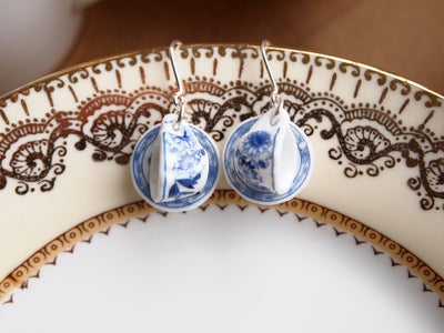 Image of blue willow cup and saucer ears