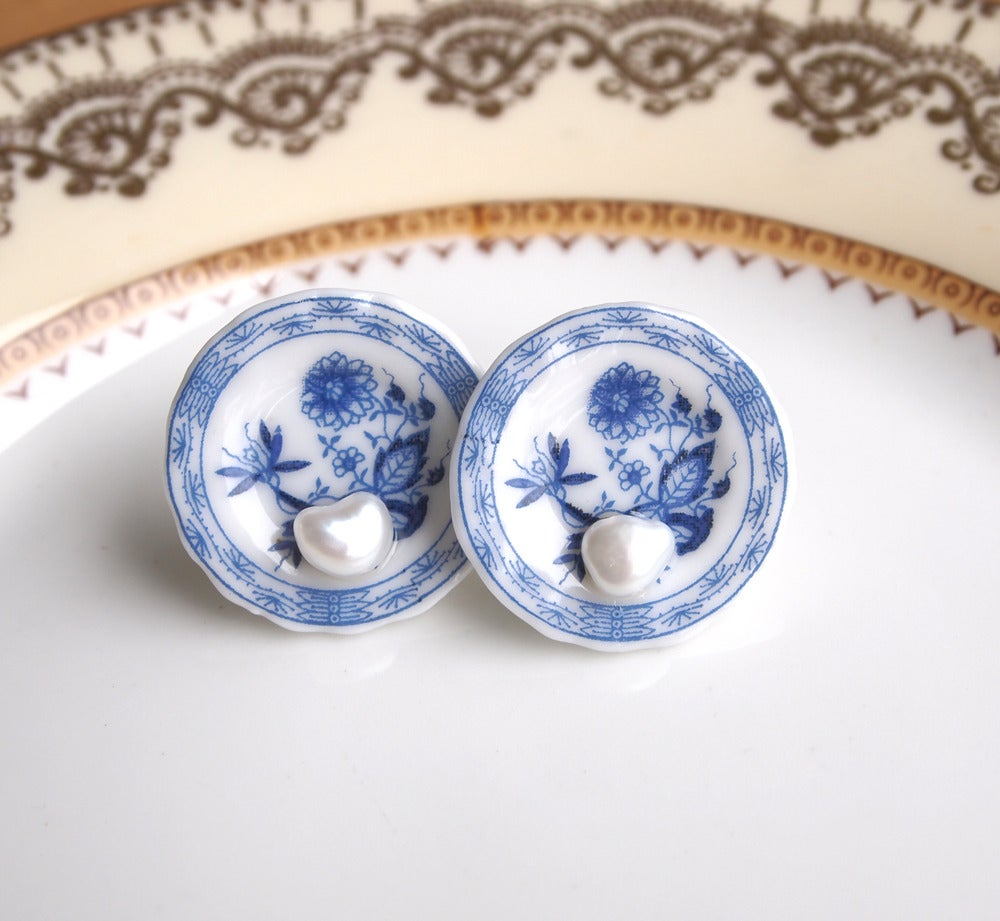 Image of blue willow plate and pearl ears