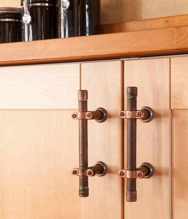Image of Cabinet Handle / Drawer Pull