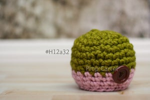Image of Girl Beanie Buttonned #H12a32