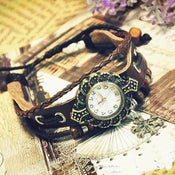 Image of Womens Handmade Vintage Snow Pendant - Leather Quartz Wrist Watch (GA0051)