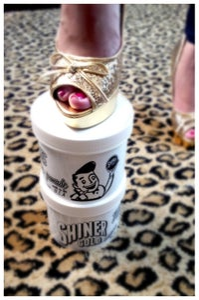 Image of SHINER GOLD POMADE LARGE TUB