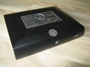 Image of Rocky Patel 15th Anniversary w Metal Medallion Logo IMPERFECT