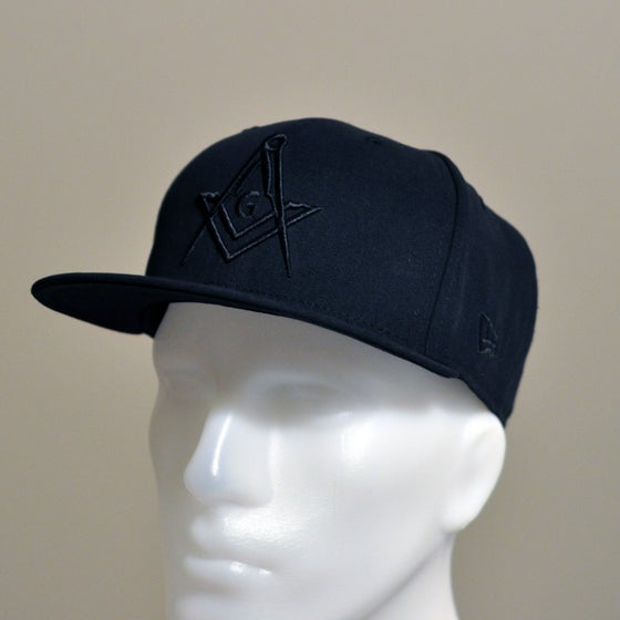 Image of All Black Snap-Back