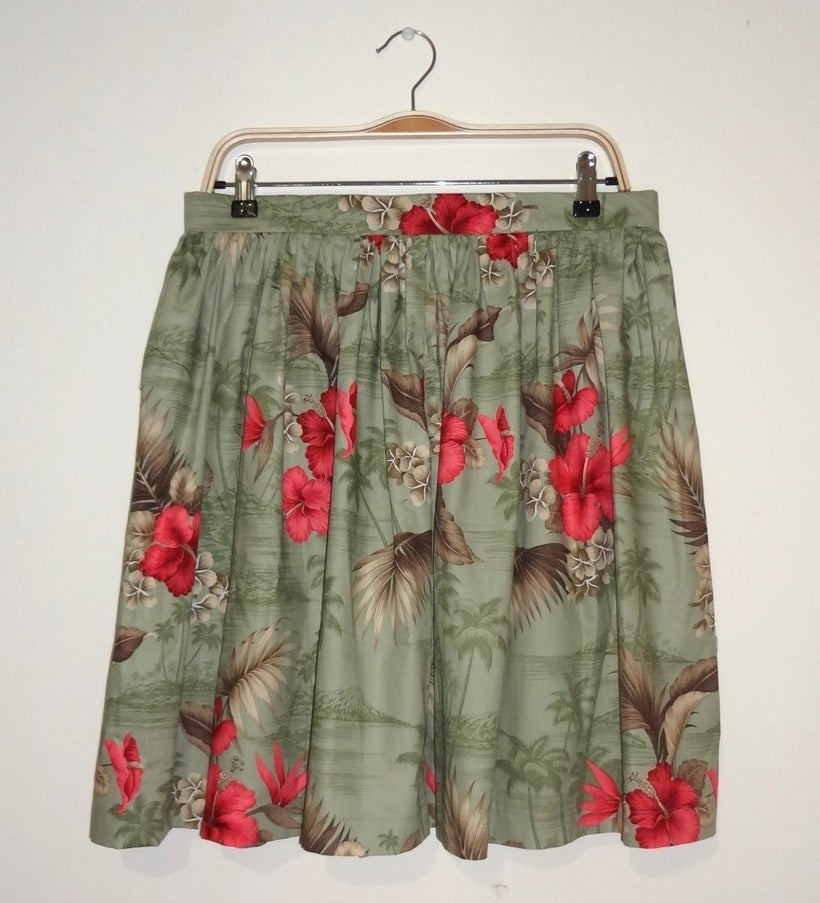 Image of 'High Tea' skirt - Hawaiian print