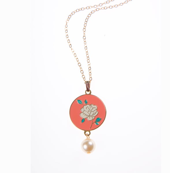 Image of Rose Necklace Gold