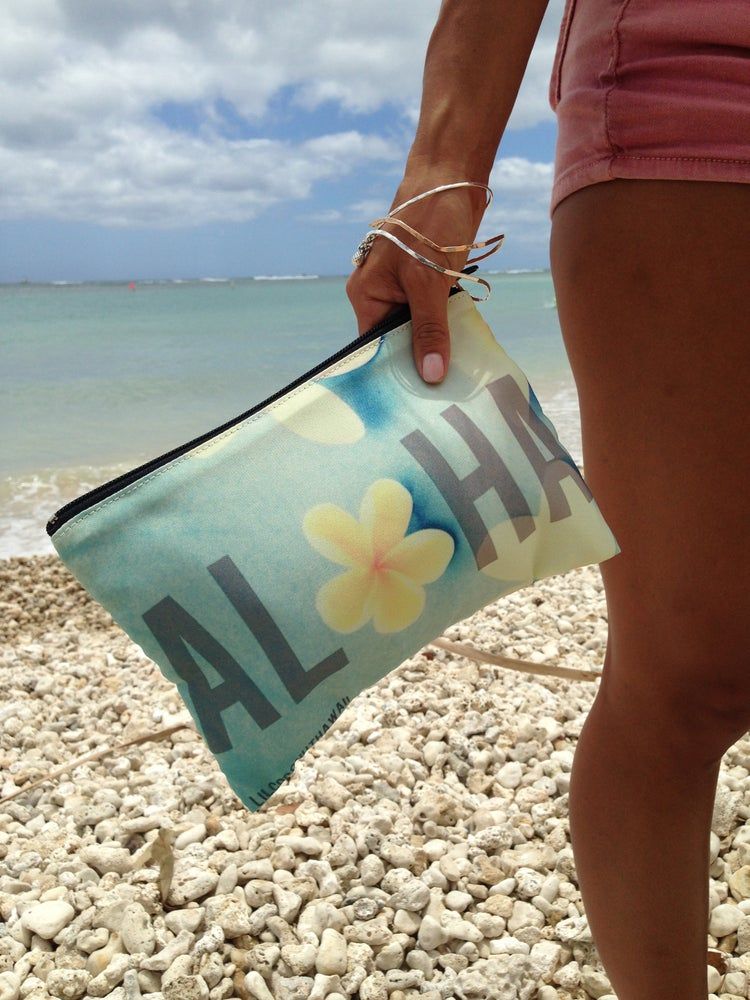 Image of Aloha Plumeria Clutch