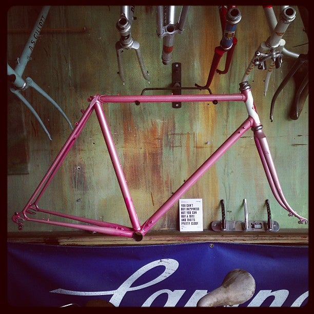 Image of W.Hinds London Road frame.