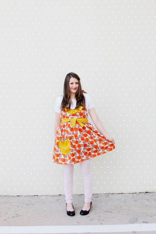 Image of RUFFLED womens apron - one size