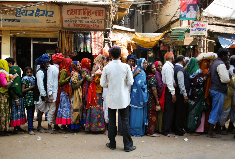 Image of Indian Queue // Varanasi, India