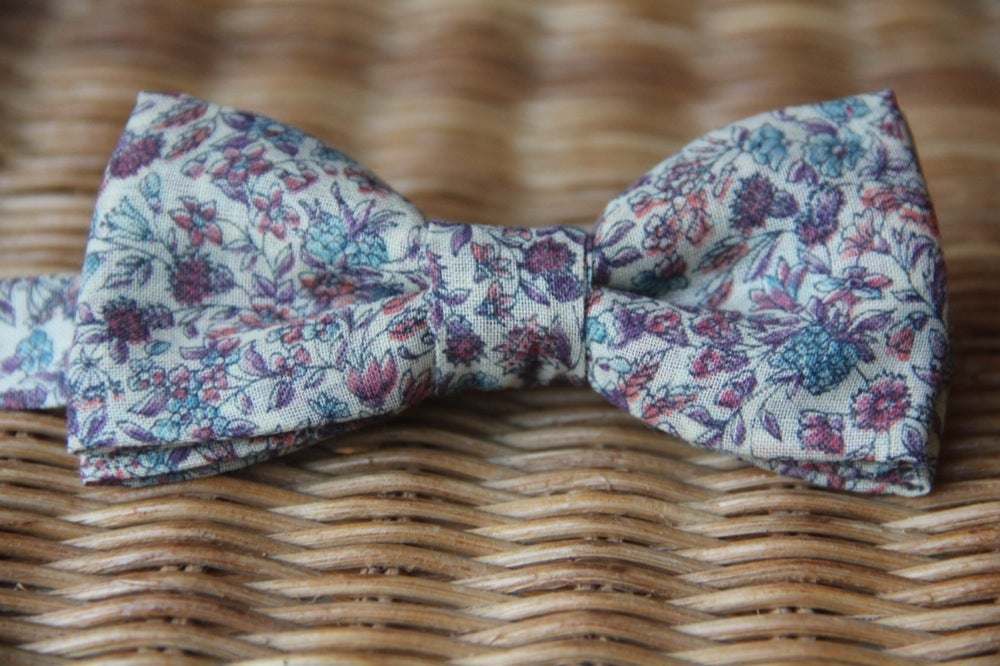 Image of Soft Meadows -Bow Tie