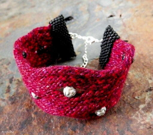 Image of SALE! Wine and Roses, handbeaded kumihimo cuff