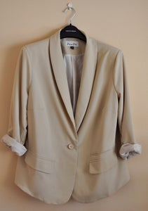 Image of Rounded Collar Blazer in Sand