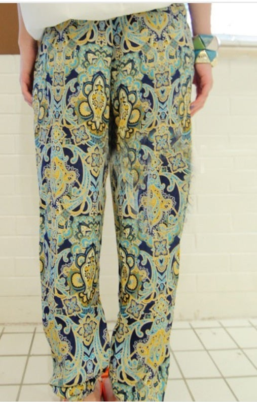 Image of Casual Loose Floral Print Elastic Chiffon Mid Waist Pants