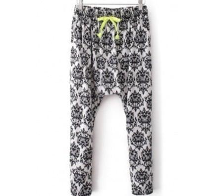 Image of Black & White Floral Print Mid Loose Pants