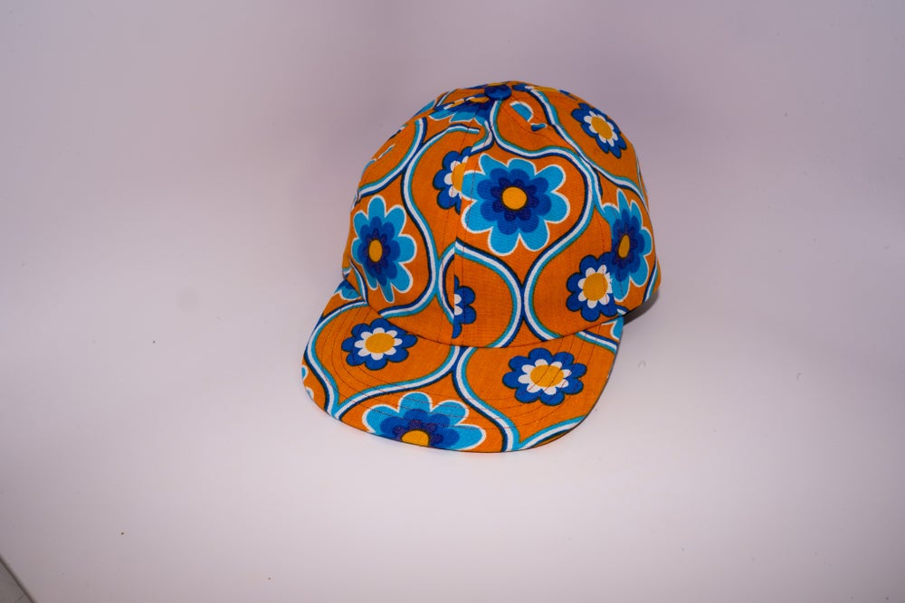 Image of Flowers in orange