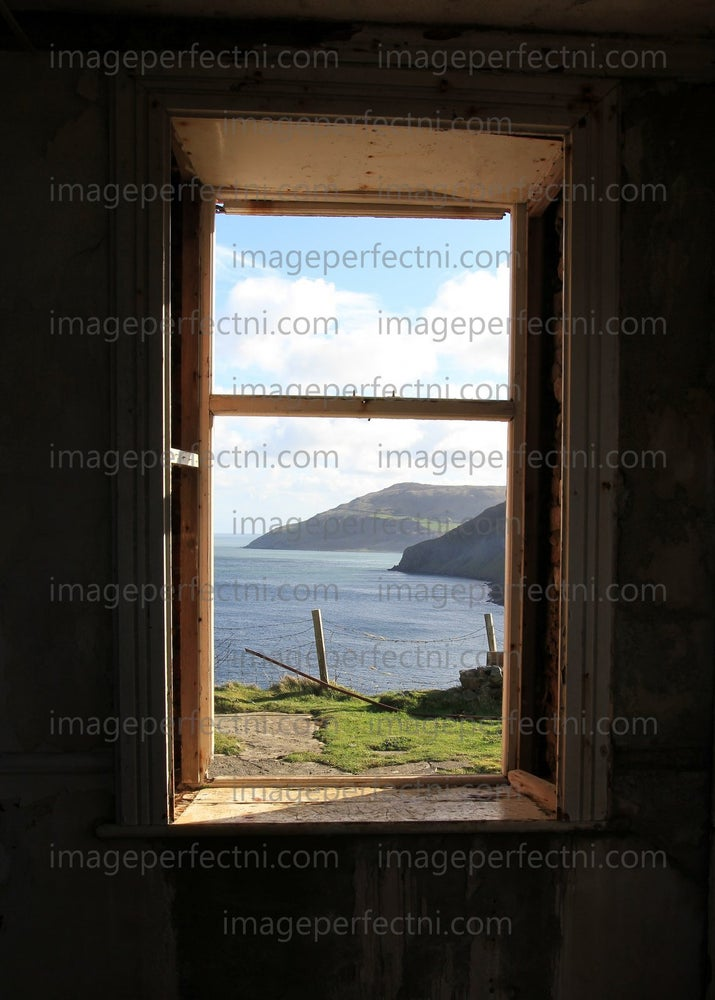 Image of 'Old room with a View' Catalogue no U4389