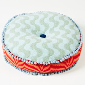 Image of Blue 'Dahlia' round cushion