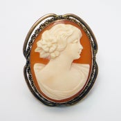Image of Vintage Retro Art Deco Shell Cameo Brooch Pin Pendant