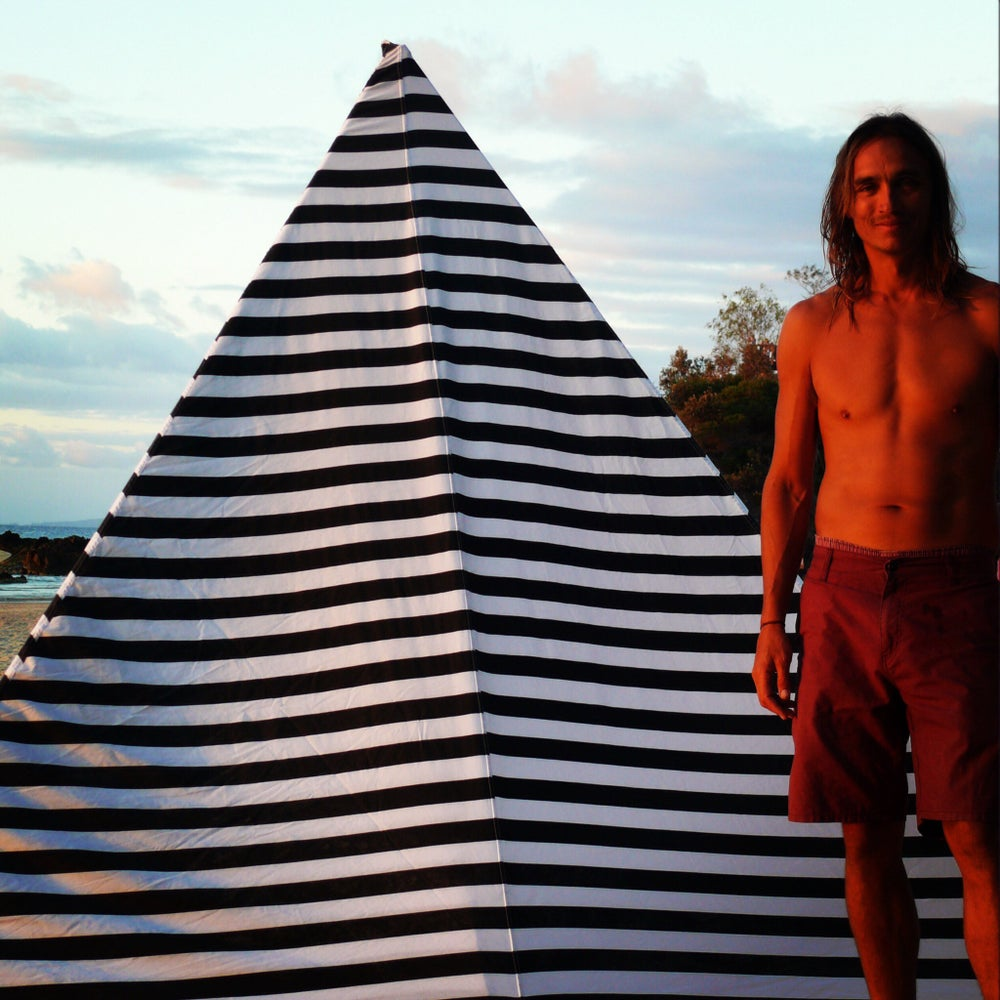 Image of BLACK STRIPE BEACHTIPI