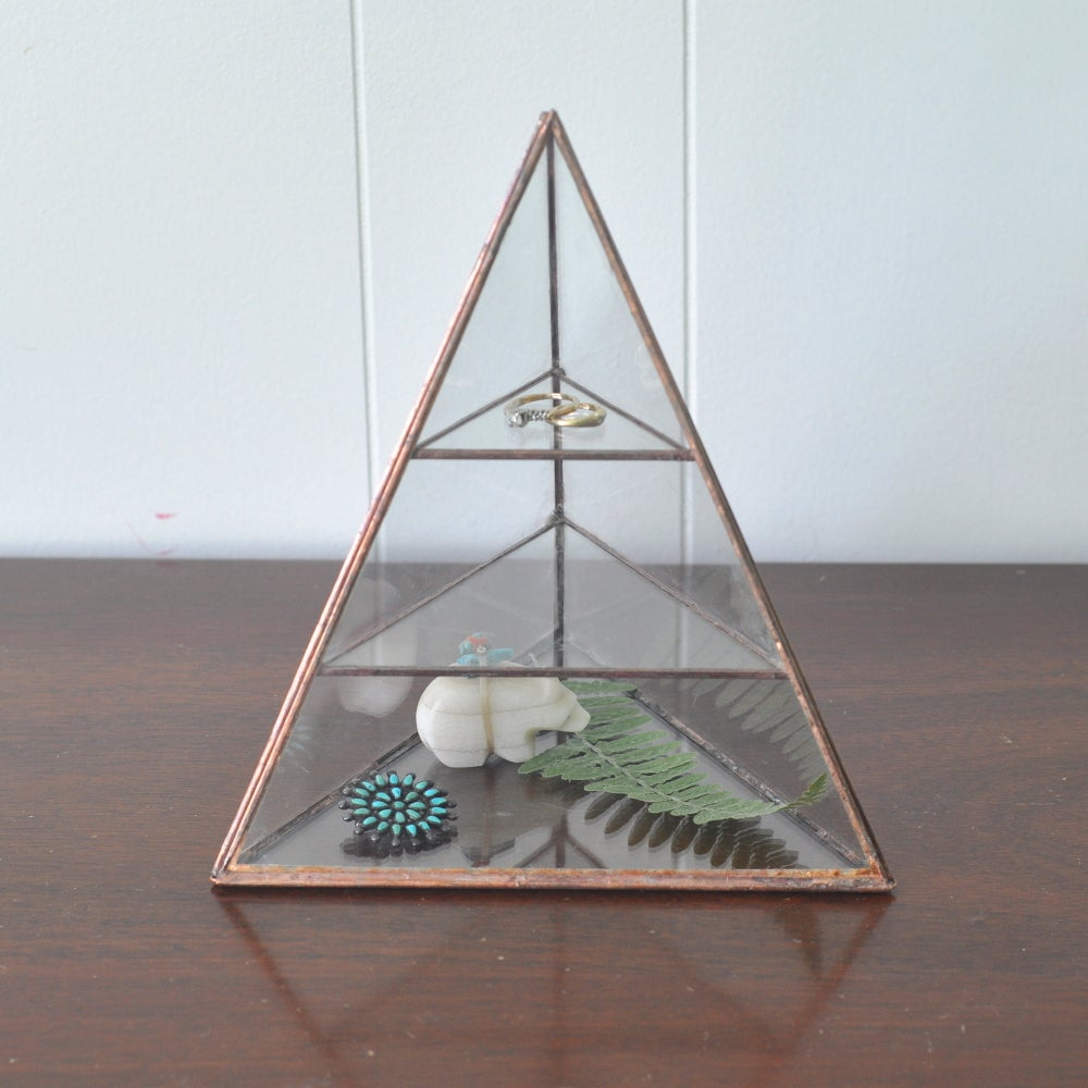 Image of Lyra Pyramid - large