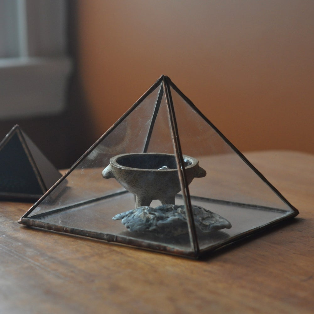 Image of Pyramid Display Box, large
