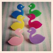 Image of Baby Duck Brooch