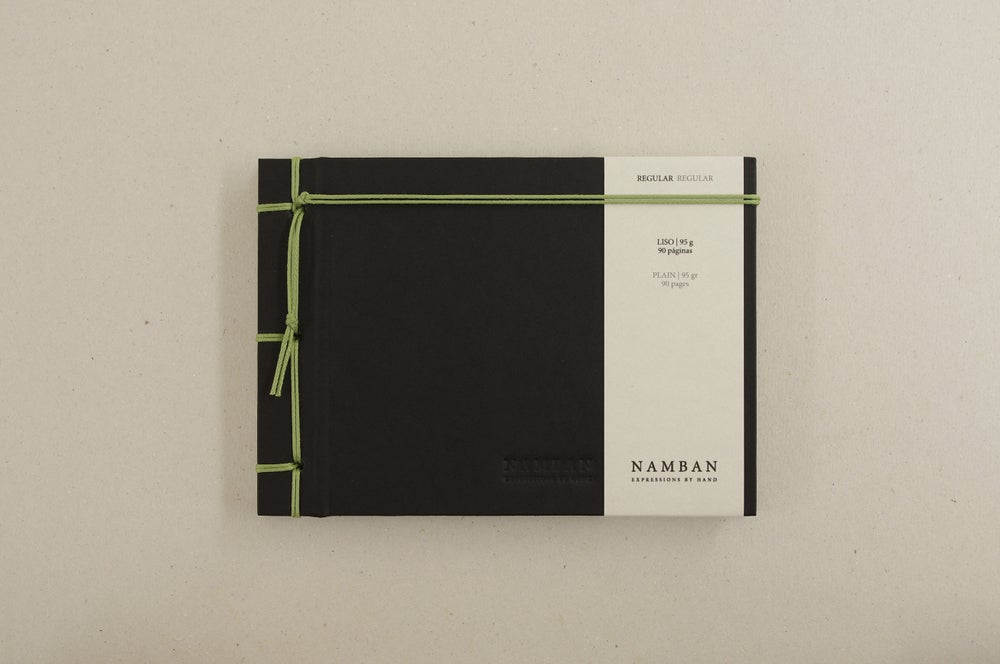 Image of Caderno regular liso | Regular plain notebook A6