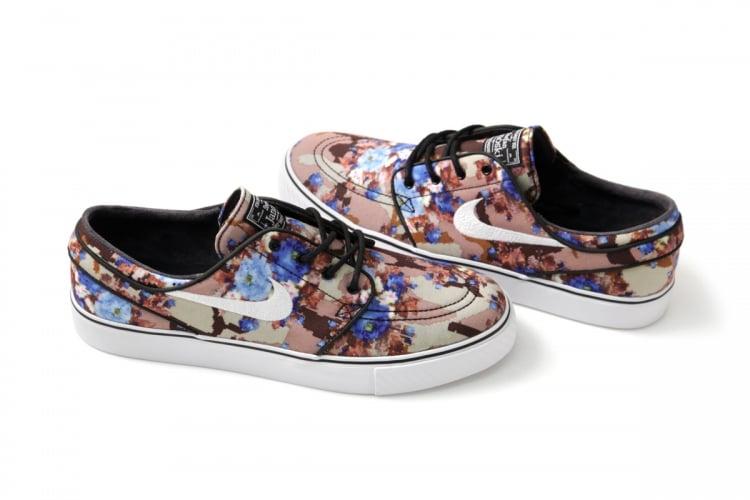 NEW  Nike SB Stefan Janoski Digi Floral - Photo Blue UK6.5   US7.5 ... eea3c75909dc